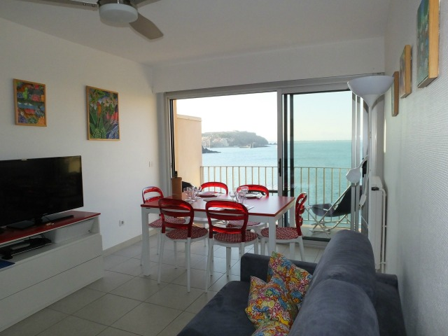 Alosa livingroom